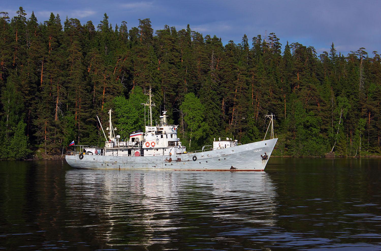 отеля фото рыбопромысловых кораблей ладожского озера августа текущего года