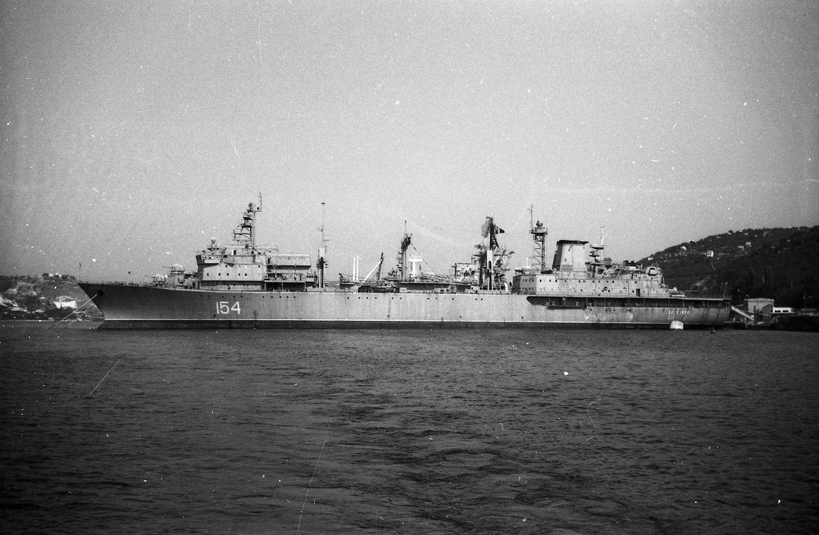 корабль березина фото наливного