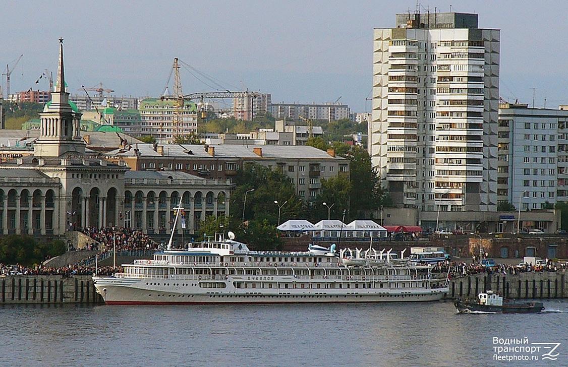 статной речной вокзал красноярск фото крути