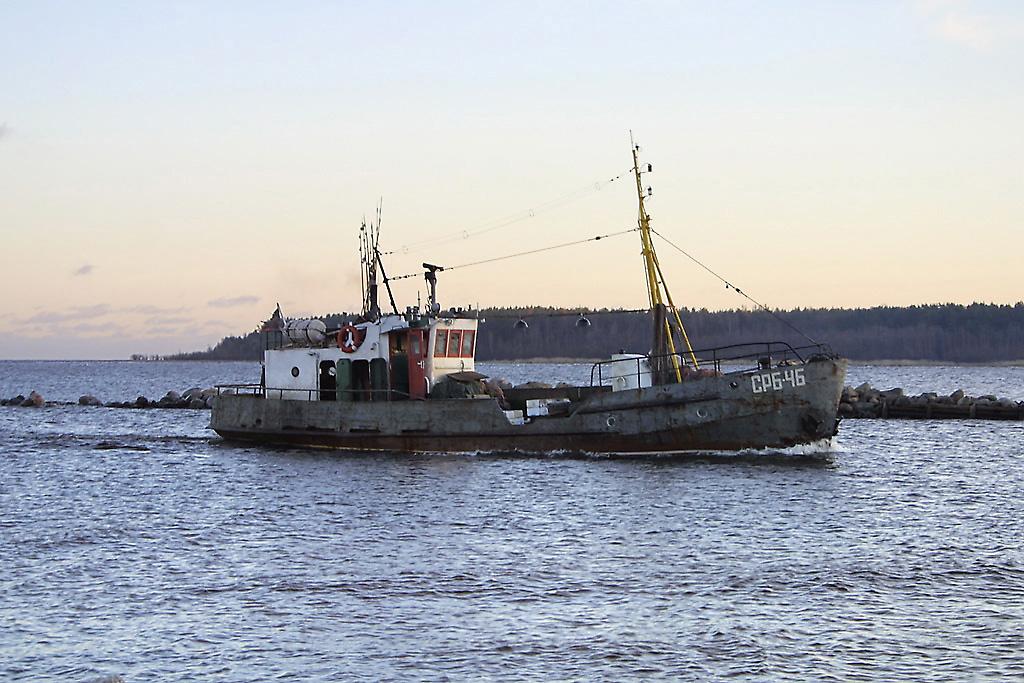 фото рыбопромысловых кораблей ладожского озера ищете